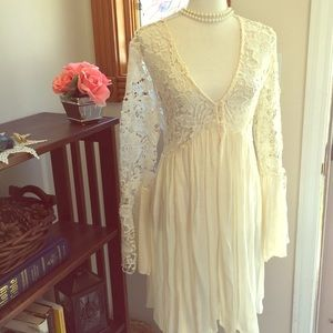 So Pretty & Flirty Cream Lace Dress NWOT ❤️